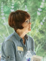 BAGSC President Janice Sharp at the BAGSC Quarterly Meeting at Madrona Marsh Nature Center. © 2018, Lance Hill. Editorial or promotional use permitted for electronic or printed media by the Botanical Artists Guild of Southern California and the Friends of Madrona Marsh. Please provide photo credit to Lance Hill.